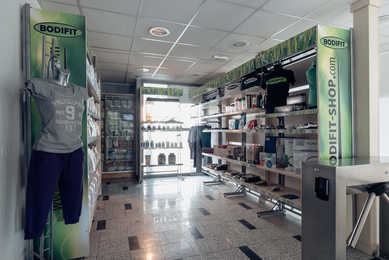 Trgovinski izdelki v centru
